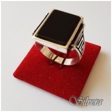 Sidabrinis žiedas su oniksu Z1003; 20,5 mm