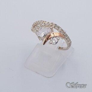 Sidabrinis žiedas su aukso detalėmis ir cirkoniais Z1455; 17,5 mm