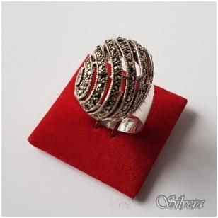 Sidabrinis žiedas su markazitais Z2024; 19 mm