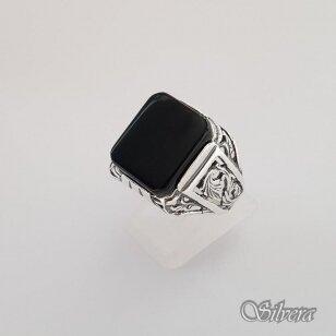 Sidabrinis žiedas su oniksu Z151; 19,5 mm