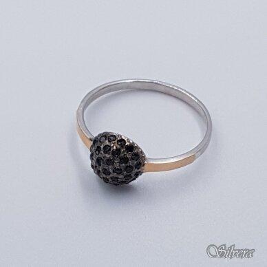 Sidabrinis žiedas su aukso detalėmis ir cirkoniais Z1457; 19 mm 2