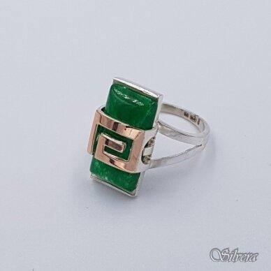 Sidabrinis žiedas su aukso detalėmis ir nefritu Z1467; 18 mm 2