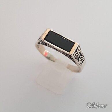 Sidabrinis žiedas su aukso detalėmis ir oniksu Z185; 23 mm