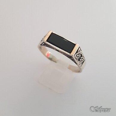 Sidabrinis žiedas su aukso detalėmis ir oniksu Z185; 24 mm