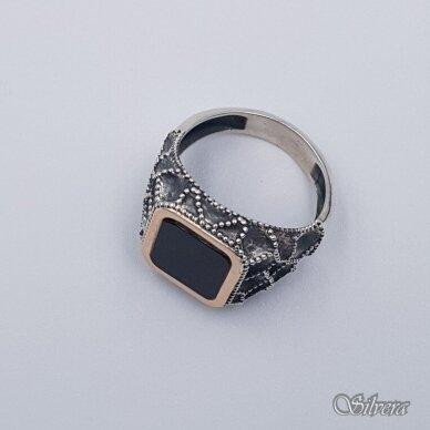 Sidabrinis žiedas su aukso detalėmis ir oniksu Z204; 22 mm 4