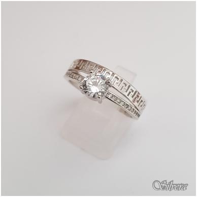 Sidabrinis žiedas su cirkoniais Z104; 19 mm
