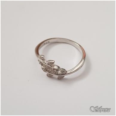 Sidabrinis žiedas su cirkoniais Z119; 17 mm 2