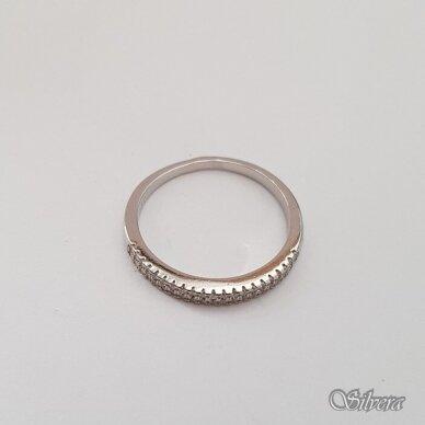 Sidabrinis žiedas su cirkoniais Z180; 18 mm 2