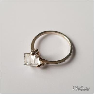 Sidabrinis žiedas su cirkoniu Z1107; 18,5 mm 2