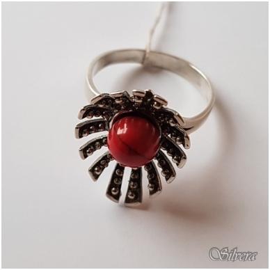 Sidabrinis žiedas su koralu Z1055; 18 mm 2