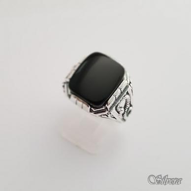 Sidabrinis žiedas su oniksu Z150; 22,5 mm