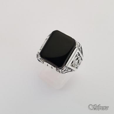 Sidabrinis žiedas su oniksu Z151; 21 mm 2