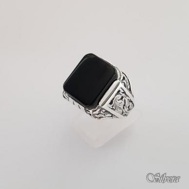 Sidabrinis žiedas su oniksu Z151; 21 mm