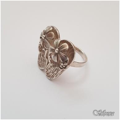 Sidabrinis žiedas Z130; 18 mm 2